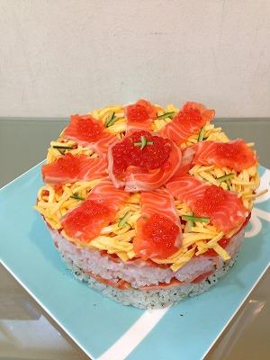 サーモンsushiケーキ
